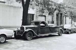 PACKARD 1930 HEARSE FLOWER