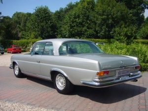 mercedes-benz-w111-09 coupe gris